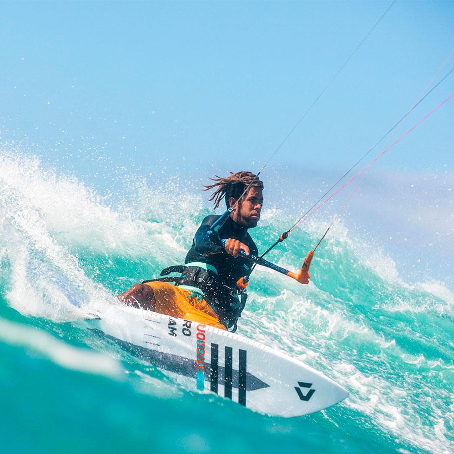 Evolution wave riding kiteboarder level 5